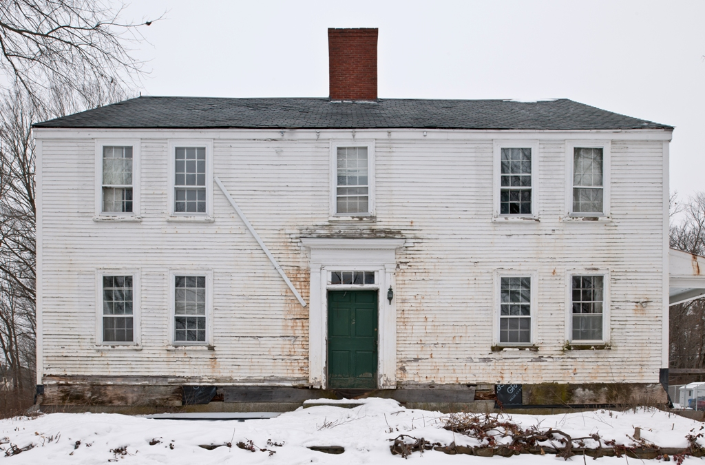 O'Kane Farmhouse, Full Frontal
