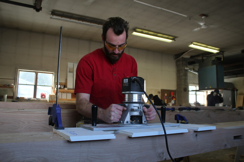 Jesse cutting housing with router and custom base